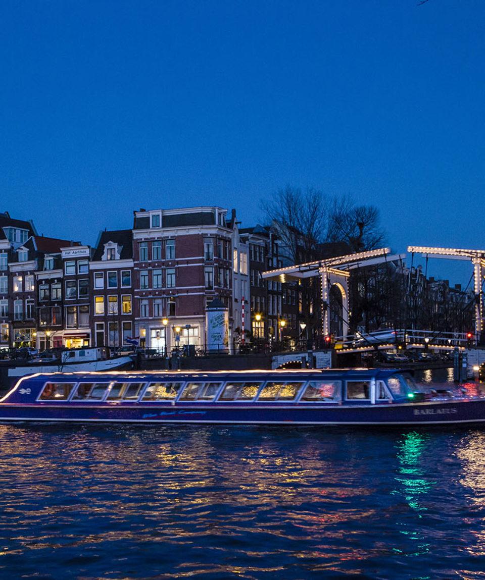 Valentijnsdag Cruise Amsterdam Blue Boat