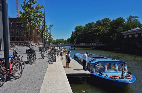 THE Amsterdam Canal Cruise Live Guide
