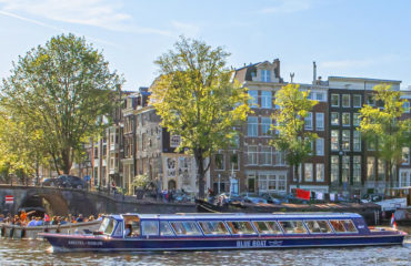 City Canal Cruise Amsterdam | Blue Boat Company