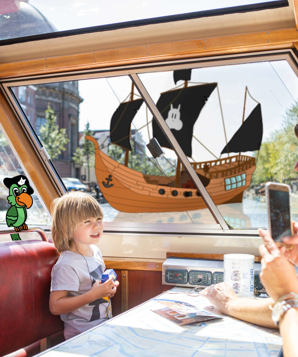 Amsterdam City Canal Cruise Kids | Blue Boat