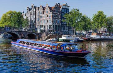 canal-cruise1-edit1920x1200.jpg